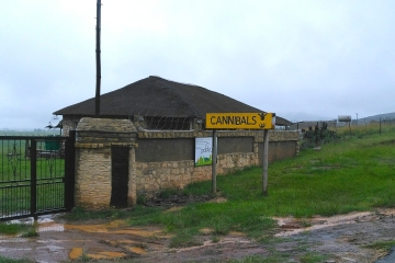 Drakensberg Mountains - Amphitheater - Royal Natal National Park - Cannibals Sign